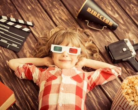 Z dzieckiem do kina – kiedy maluch jest gotowy?