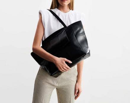 Jak wybrać torebkę dla młodej mamy?
